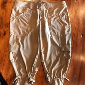 Athlete cropped Capri pants